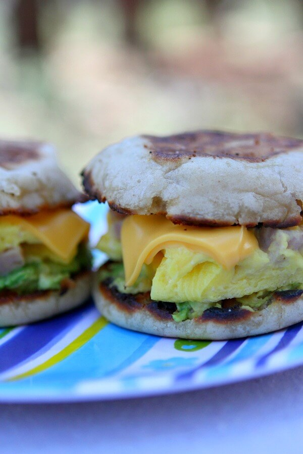camping-breakfast-sandwiches-recipe